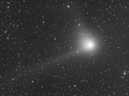 comet Machholz_Q2_041204